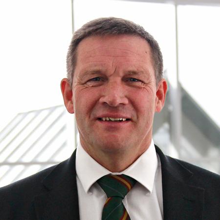 Martin Tucker